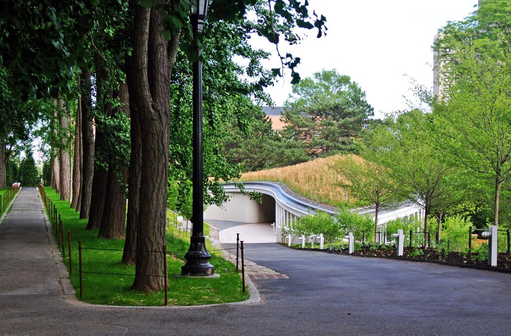 Figure 2. Landscape as a Conceptual Space for Architecture  Shifting